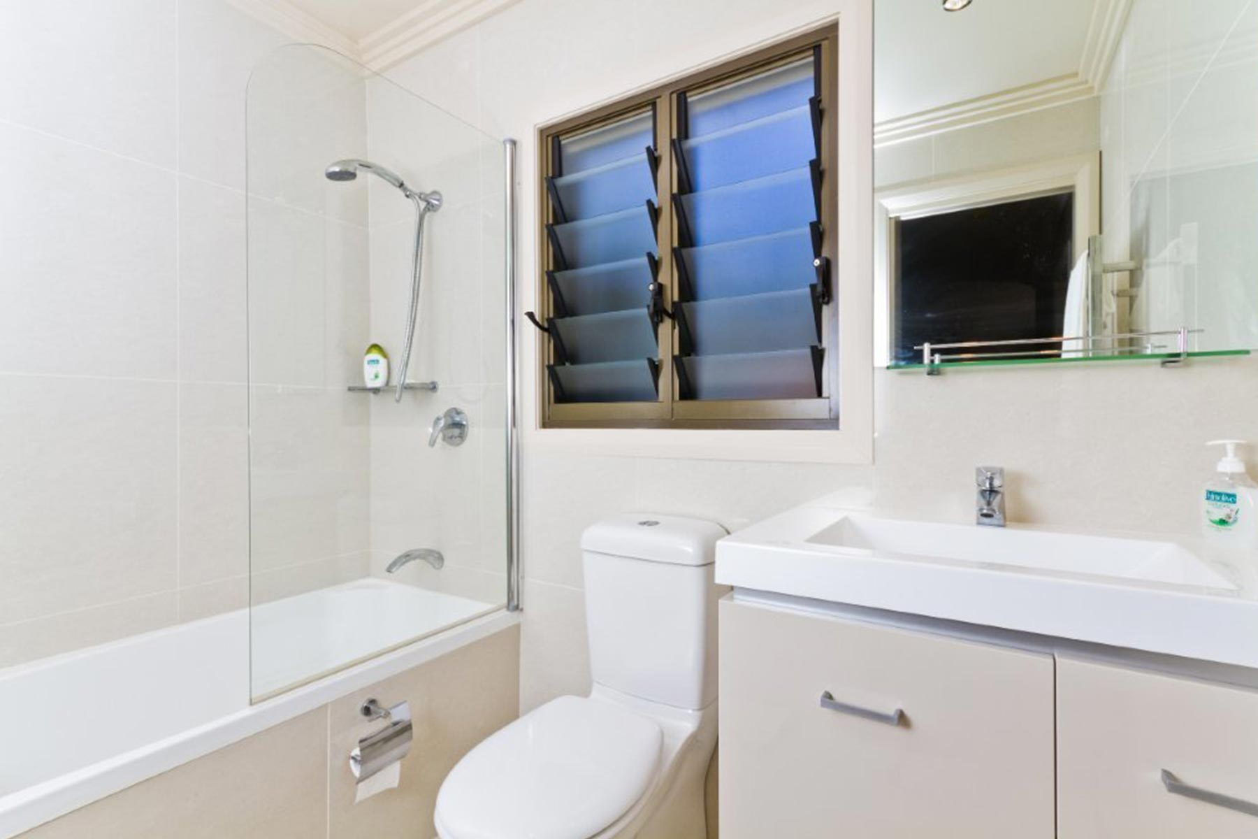 Hargraves Beach House - Bathroom