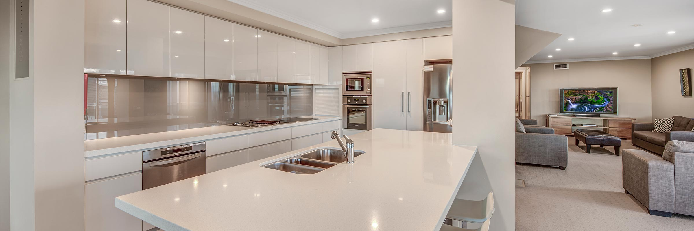 Hargraves Beach House - Gourmet Kitchen