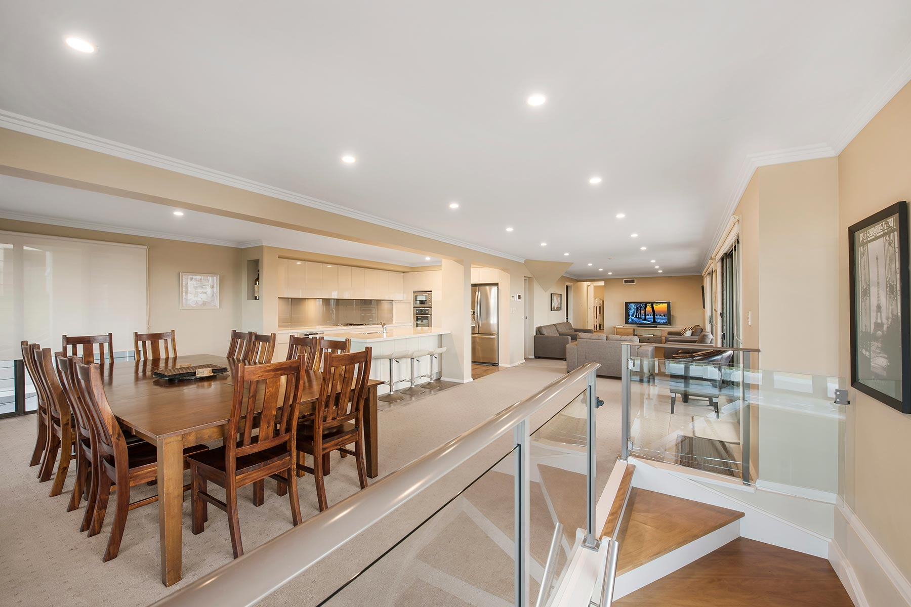 Hargraves Beach House - Living & Dining Area